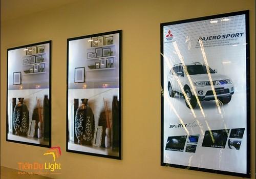 Biển hộp đèn siêu mỏng nam châm trong quảng cáo