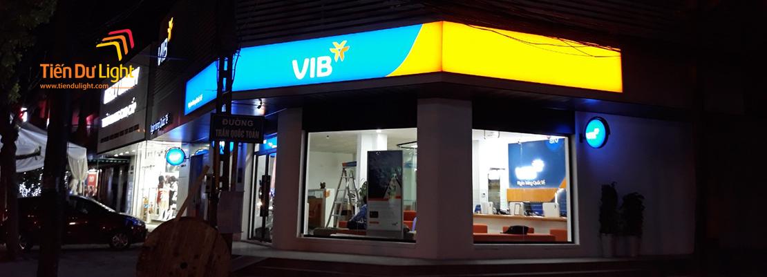 Hoàn thành các hạng mục chữ nổi, cây ATM, biển vẫy, hộp đèn siêu mỏng cho Ngân hàng Quốc tế VIB